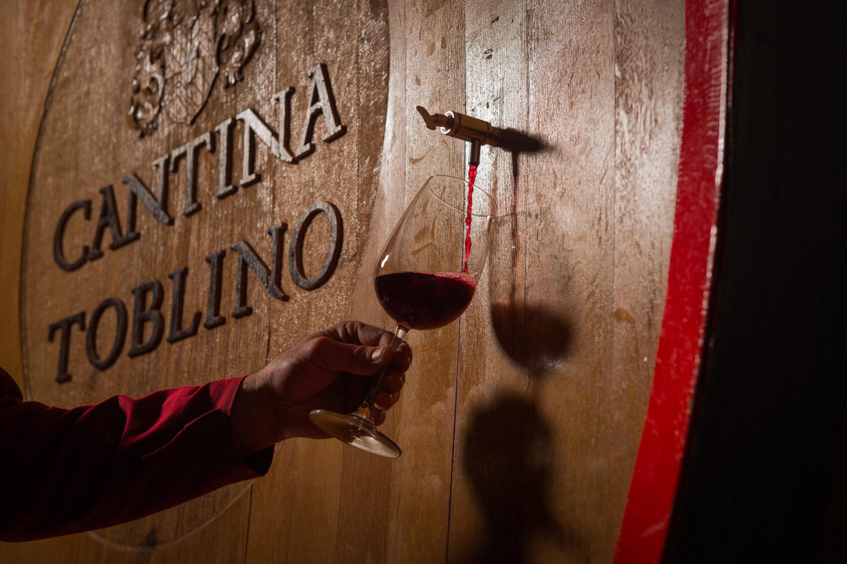 Cantina Toblino marries the new Cuzziol GrandiVini 2021 catalog.